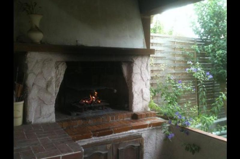 Maison garage, jardin barbecue plancha, equip bebe, cheques vacances